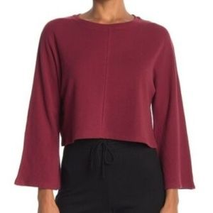 ELODIE Long Bell Sleeve Stretchy Cropped Tee